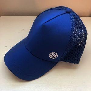 NWT - 2019 Lululemon Seawheeze Hat